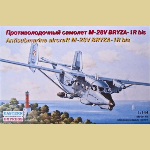 1/144 Противолодочный самолет М-28V Briza Bis