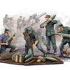 солдаты немецкие подносчики снарядов для гаубицы (1:35)