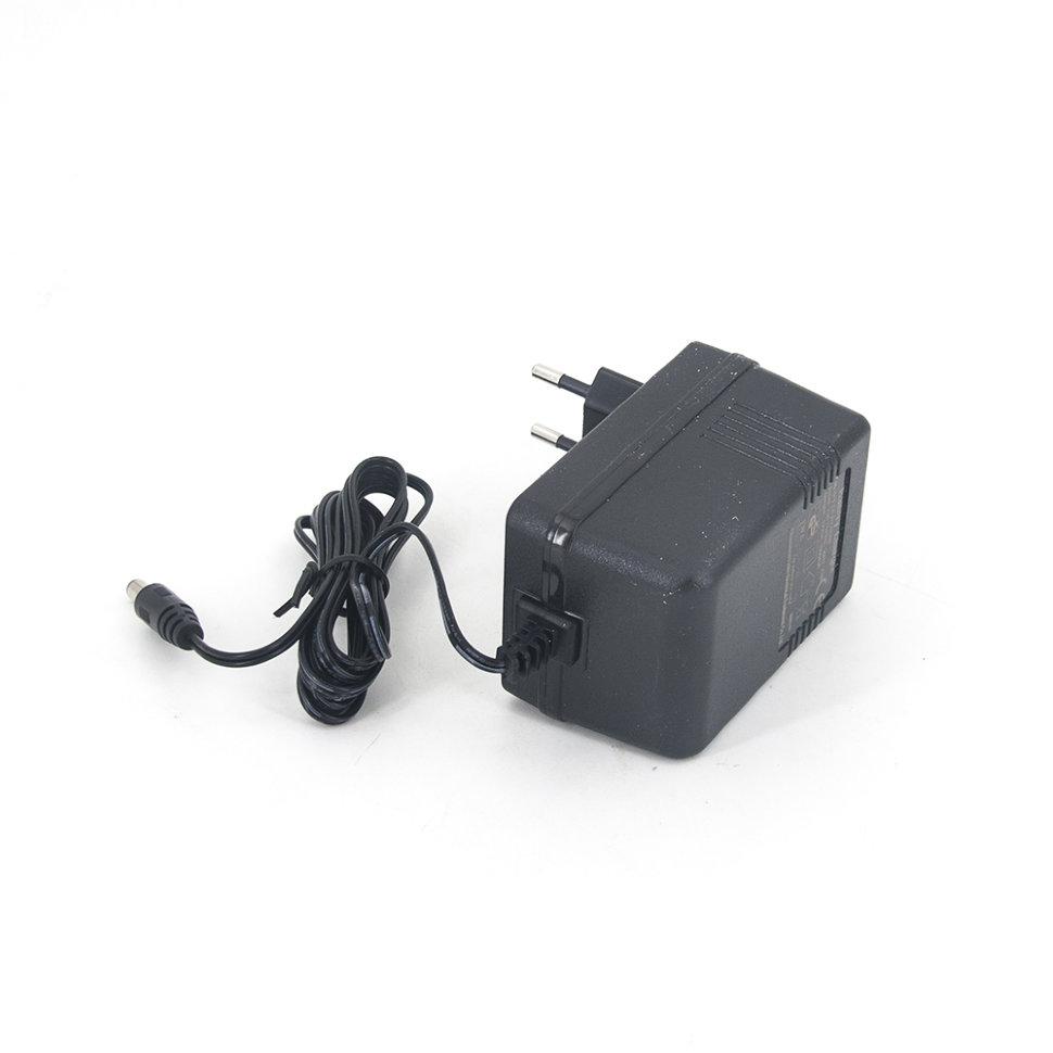 Зарядное устройство AC-DC Adaptor 12V 1000 mAh — LK-D120100