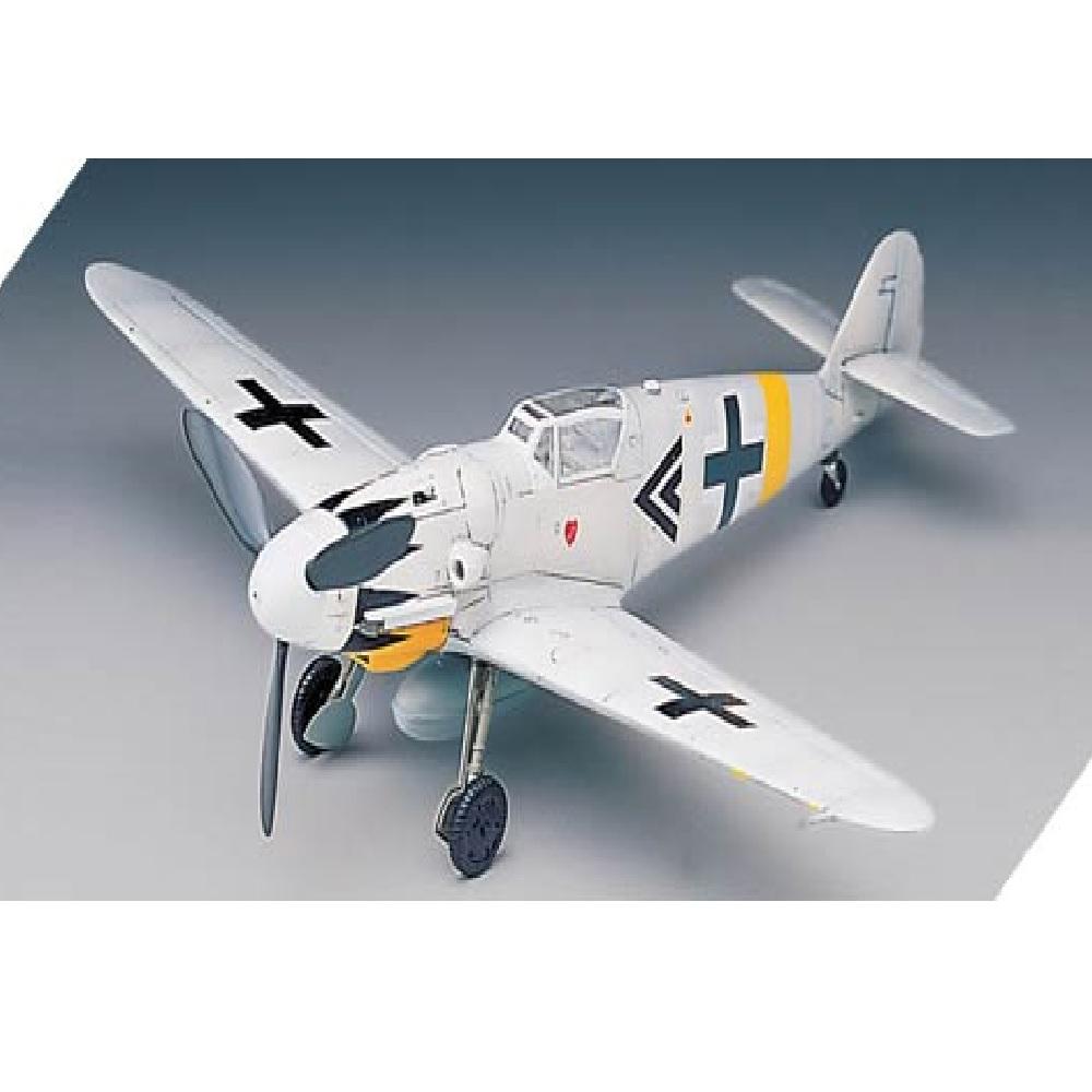 самолет Messerschmitt Bf-109G-14 (1:72)