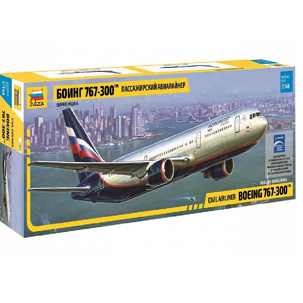 Пассажирский авиалайнер Боинг 767-300
